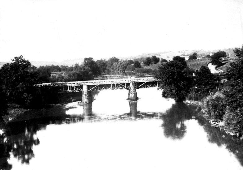 Aqueduct-Tuscarawas-River-Bolivar-1896.jpg